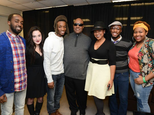 Stevie Wonder and DIME instructor Antea Shelton (center) with DIME students Jeff Powe, Ali Wiercioch, Charles Laster II, Anthony Hibbler and  Alexis Whymes.