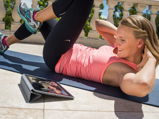 The app Grokker offers fitness videos for a regular subscription.