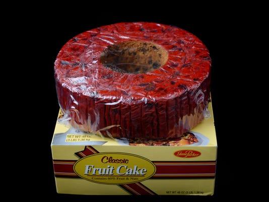 636112809659551376-9266945-100516-B-fruitcake1JH-60.jpg