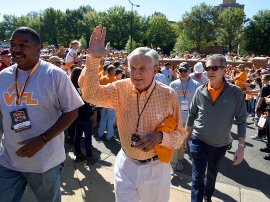 Former Tennessee head coach Johnny Majors during the