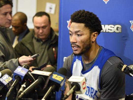 New York Knicks guard Derrick Rose answers questions