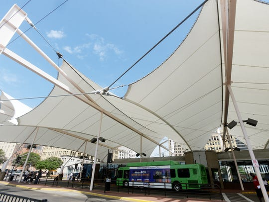 The current bus station is located in downtown Shreveport.