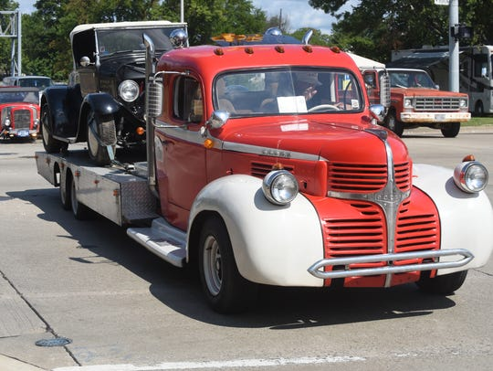 A Dodge car hauler cruises at the Woodward Dream Cruise