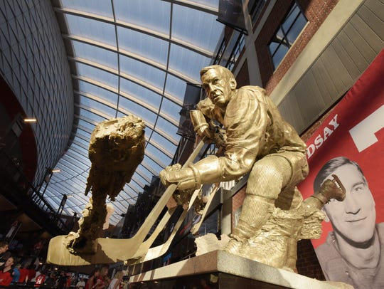 The new home of the Red Wings great Ted Lindsay statue