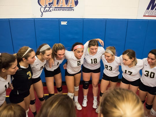 Delone Catholic players get pumped up before playing