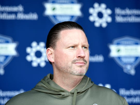Giants head coach Ben McAdoo speaks to the media on