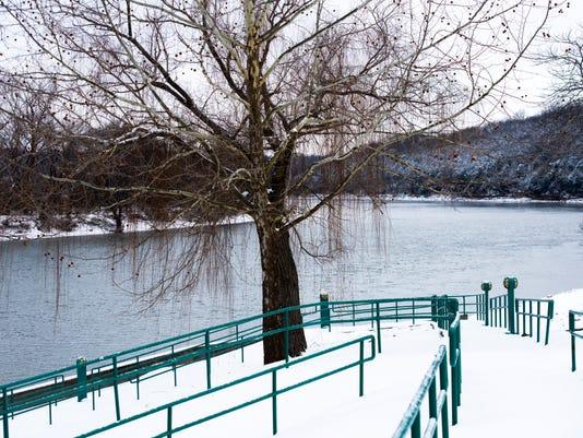 Clarksville-Snow-Jan16-19.JPG