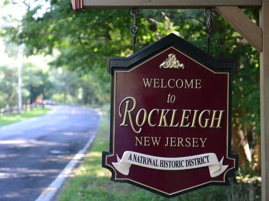 Welcome to Rockleigh, New Jersey sign.