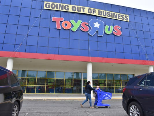 Toys R Us Might Be Staging Comeback Report Says