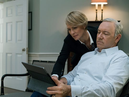 Robin Wright and Kevin Spacey in 'House of Cards:' Four of Season 5's episodes would rank in the Top 20 of all TV shows in the week after its release, Nielsen says.