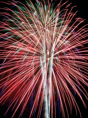 Fireworks at Louisville's 4th of July celebration at the Great Lawn.  July 4, 2015