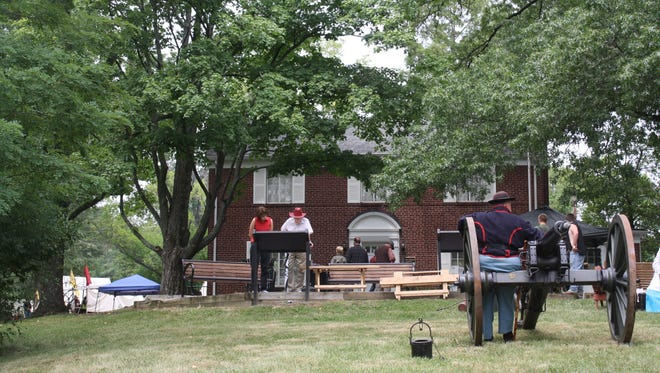 A Civil War reenactment of a Union Army light artillery cannon firing was a traditional part of the annual Battery Hooper Days at the now-closed James A. Ramage Civil War Museum in Fort Wright, Kentucky.