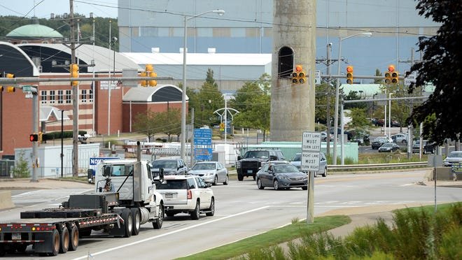 The intersection of the Bayfront Parkway and State Street is shown Thursday. PennDOT plans to lower the parkway beneath State Street, build dual-lane roundabouts at Sassafras and Holland streets and build pedestrian bridges over the parkway.