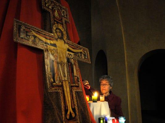 STC 1012 Taize prayer 1.JPG