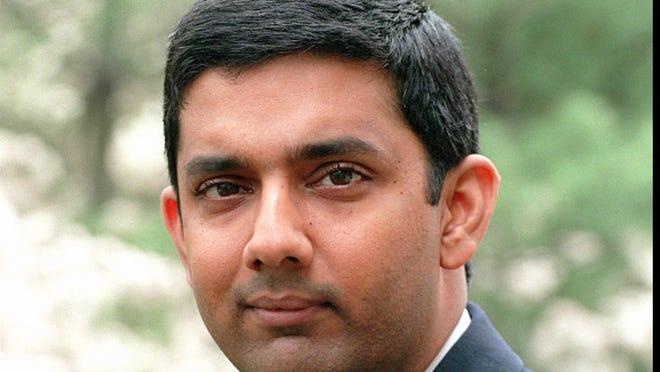 Author Dinesh D'Souza