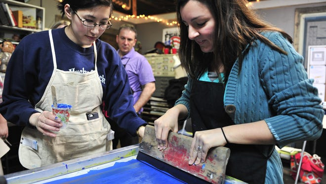 Create your own prints at local shops in the Nashville Print Crawl.
