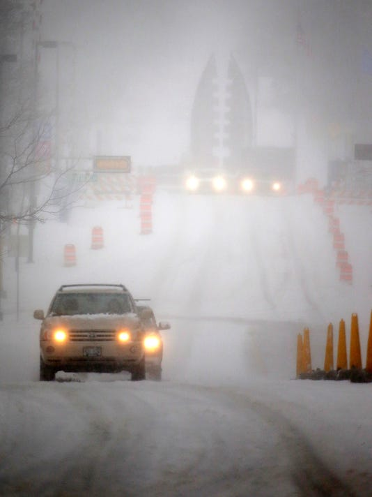 636593932995472250-041518-Winter-Storm-Sheboygan-gck-02.JPG