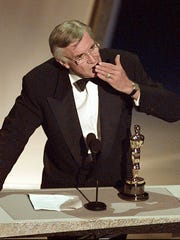 "Martin Landau accepts the Oscar for best supporting actor at the 1995 Academy Awards for his performance as Bela Lugosi in ""Ed Wood."""