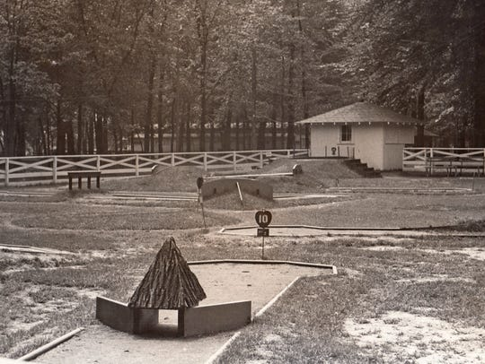A vintage view of the Tom Thumb course in Forest Park