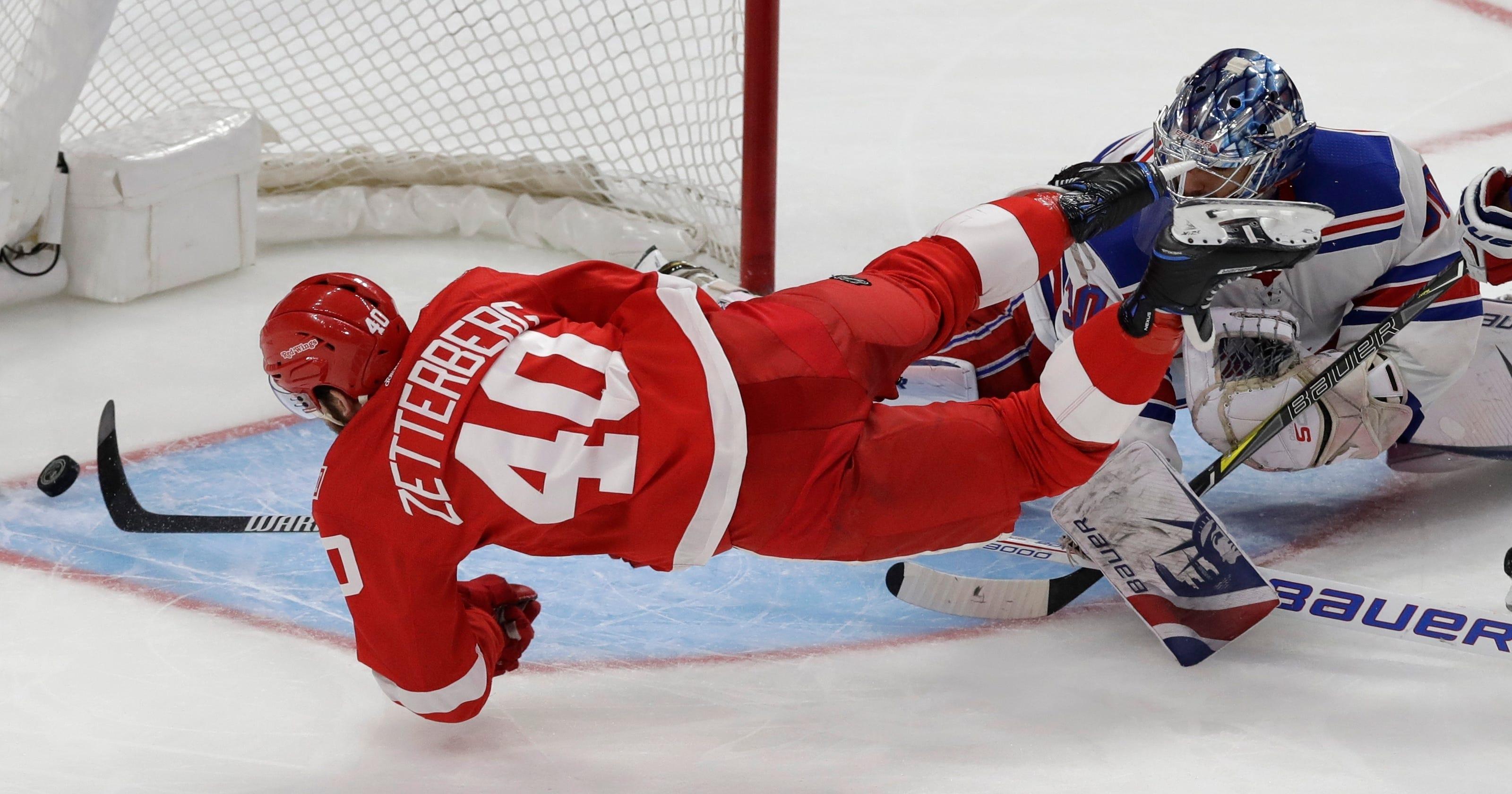 Howard Nielsen Lift Red Wings Over Rangers 3 2