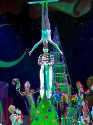 "The 10th anniversary tour of ""Cirque Dreams Holidaze"""