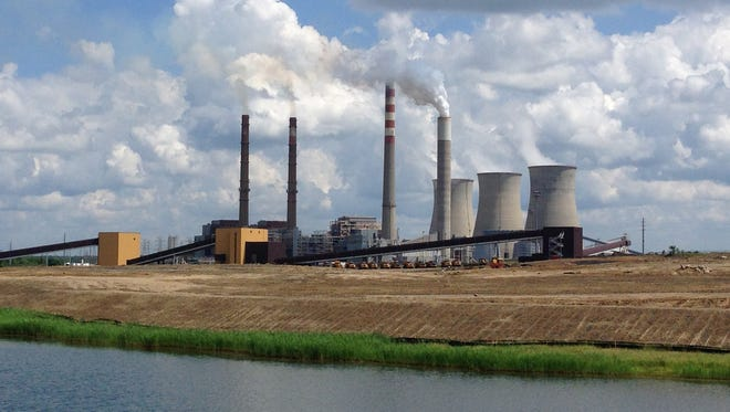 A panoramica view of the Paradise Fossil Plant in Drakesboro Ky., on June 3, 2014. New regulations on carbon emissions proposed by the Obama administration have angered politicians in coal-dependent states such as Kentucky and West Virginia.
