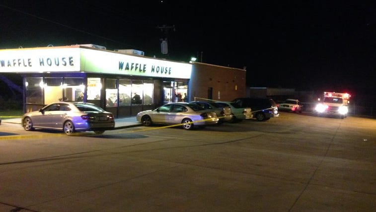Scene of attempted robbery at Waffle House on Stetson