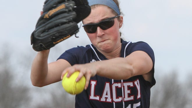 Tom Spader/staff photographer Lacey pitcher Chelsea Howard winds up to deliver a pitch in Friday?s game. Toms River, NJ Lacey at Toms River HS North girls softball: Lacey Pitcher Chelsea Howard. 041715 Photo: Tom Spader