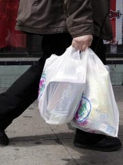 Tennessee could become the latest state to ban local municipalities from regulating certain plastic bags and utensils.
