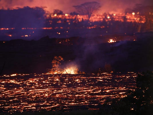 BESTPIX - Hawaii's Kilauea Volcano Erupts Forcing Evacuations