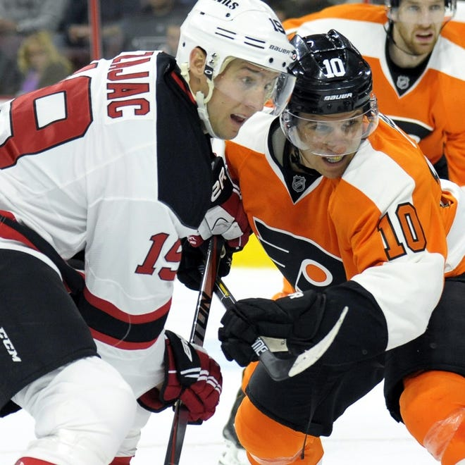 Brayden Schenn and the Flyers will face a division foe for the first time this season.