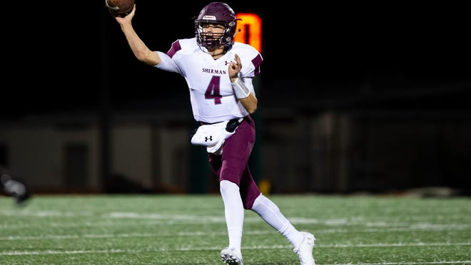 Senior quarterback Tate Bethel was named first-team all-district after throwing for 1,920 yards and 17 touchdowns.