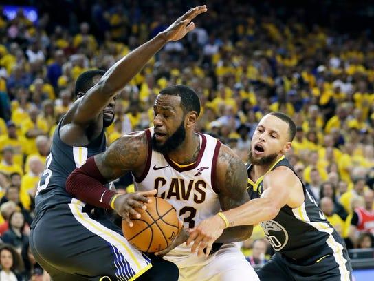 APTOPIX_NBA_Finals_Cavaliers_Warriors_Basketball_96543.jpg
