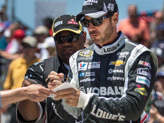 -060114_NASCAR_KRG0692.JPG_20140601.jpg