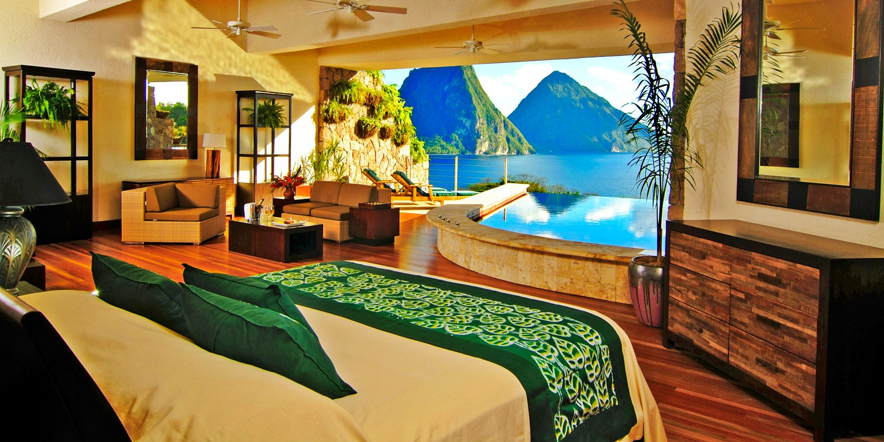 635907129643017758-St.-Lucia-big-beautiful-bed-at-Jade & Swoon-worthy: The sexiest beds in the Caribbean