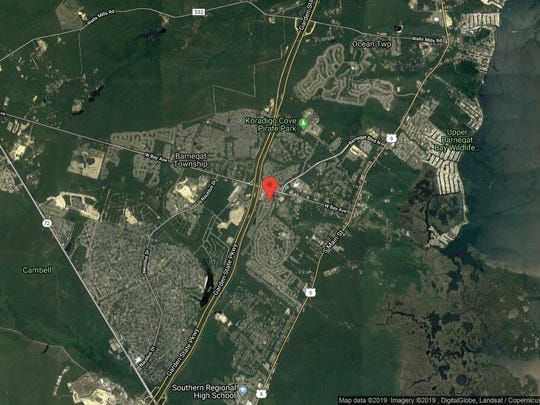 This aerial photo shows the approximate location of 28 Robin Lane in Barnegat. The property at this address changed hands in April 2019, when Pasquale and Angelina Gencarelli  bought the property from  Elaine Murphy  for $200,000.