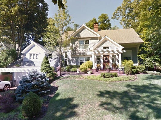 This Google Street View image shows the approximate location of 3 Oak Lane in Rumson. The property at this address changed hands in April 2019, when Brian E and Roseanne E Ansell bought the property from Robert W and Sherri M Adler for $1,250,000.