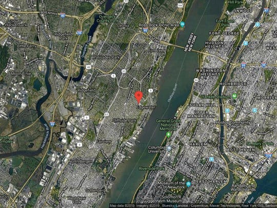 This aerial photo shows the approximate location of 300 Winston Dr-1007 in Cliffside Park. The property at this address changed hands in June 2019, when new owner bought the property for $314,000.