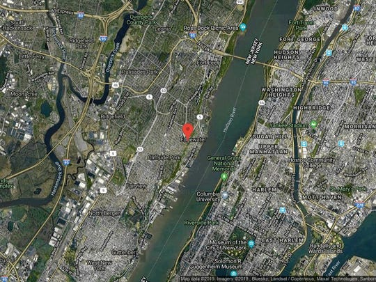 This aerial photo shows the approximate location of 100 Winston Dr-Cn11F in Cliffside Park. The property at this address changed hands in May 2019, when new owners bought the property for $312,500.