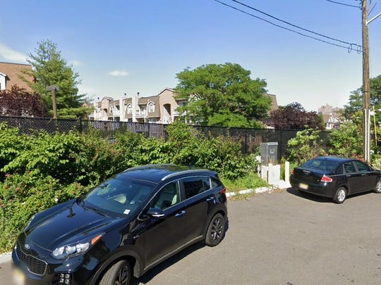 This Google Street View image shows the approximate location of 100 Crown Court in Edgewater. The property at this address changed hands in June 2019, when Abhishek Roy and Sonali Chatterjee bought the property from Laura Devine for $448,000.