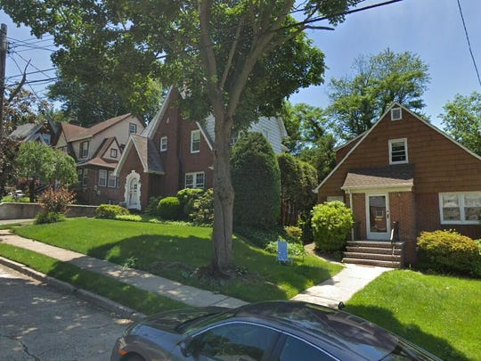 This Google Street View image shows the approximate location of 290 Edgemont Terrace in Teaneck. The property at this address changed hands in July 2019, when new owner bought the property for $355,000.