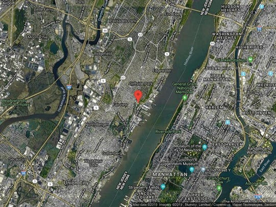 This aerial photo shows the approximate location of 300 Gorge Road Apt 65 in Cliffside Park. The property at this address changed hands in September 2019, when new owners bought the property for $470,000.