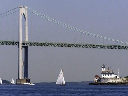 The Newport Bridge spanning the Narragansett Bay between