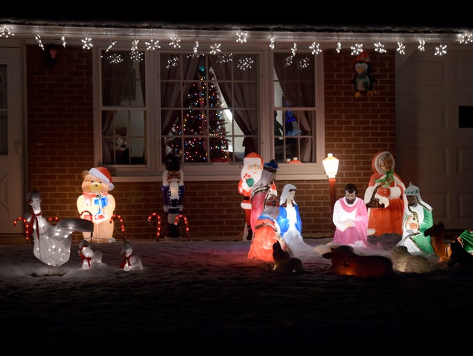 Christmas lights at 1836 Valley Drive in Richmond.