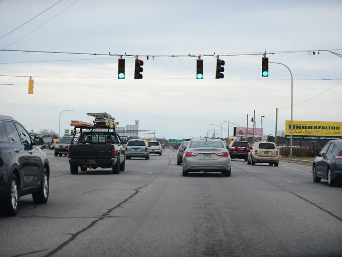 Five Points intersection located at Coastal Highway