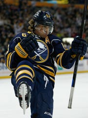 Sabres forward Tyler Ennis is anxious for the new season