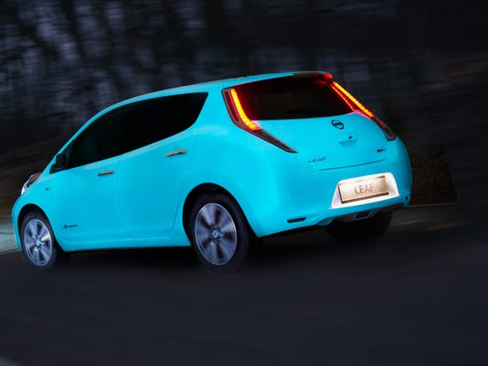 Nissan in Europe is first car maker to apply glow-in-the-dark ca