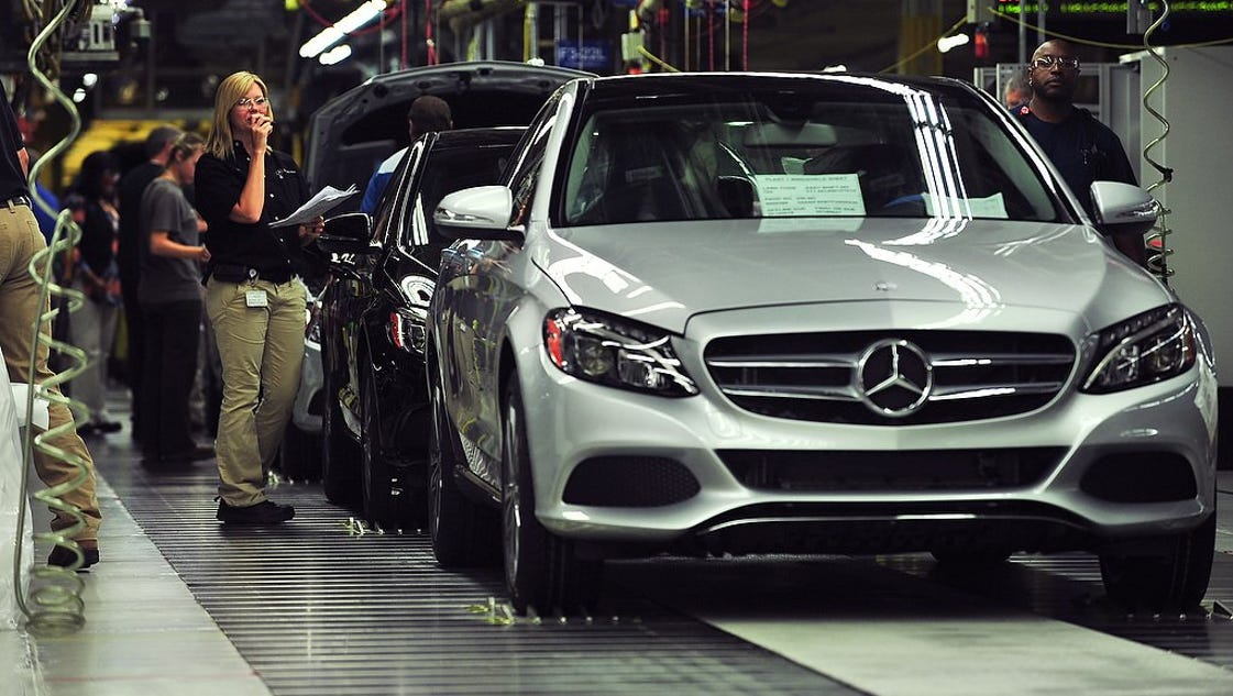 mercedes benz invests 1 3b in alabama plant adds 300 jobs