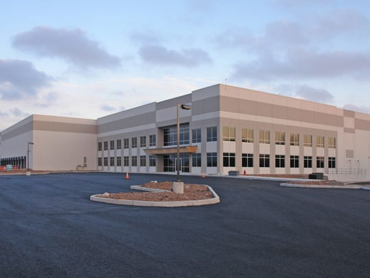 Colliers International NJ LLC Inc. has arranged a 181,000-square-foot