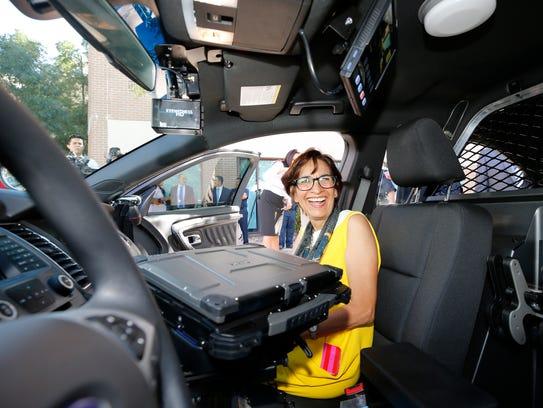 City Rep. Cissy Lizarraga and other representatives